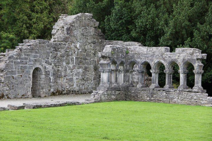abbey-981904_1920